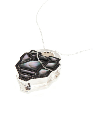 Large Maze Locket in Black Mother of Pearl