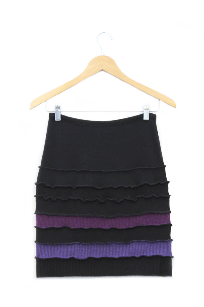 Banded Skirt Black w/ Purple - X-Small