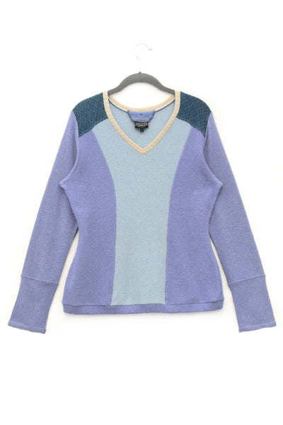 V-Neck Sweater Blue w/ Pattern Accent - Large