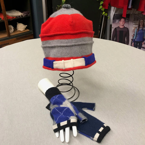 Saturn Hat w/ Matching Medium Fingerless Mittens SMM9001