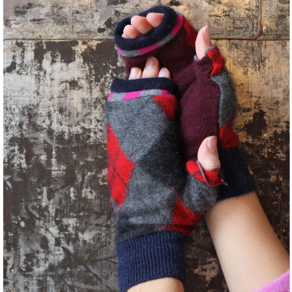 Fingerless Mitten MS0013 Black w/ Red - Small