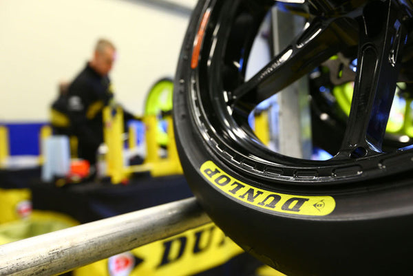 *Dunlop Moto 2 Slick Range - Recommended for European events*