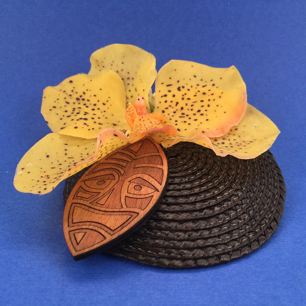 Orchid and Wooden Tiki Mask Litewood™ Cocktail Hat In Yellow