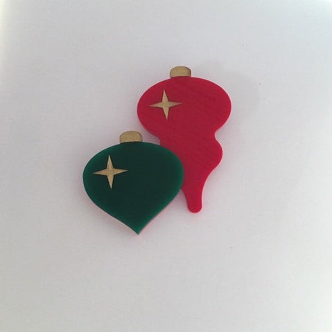 Flare Christmas Ornament Brooch in Red and Green
