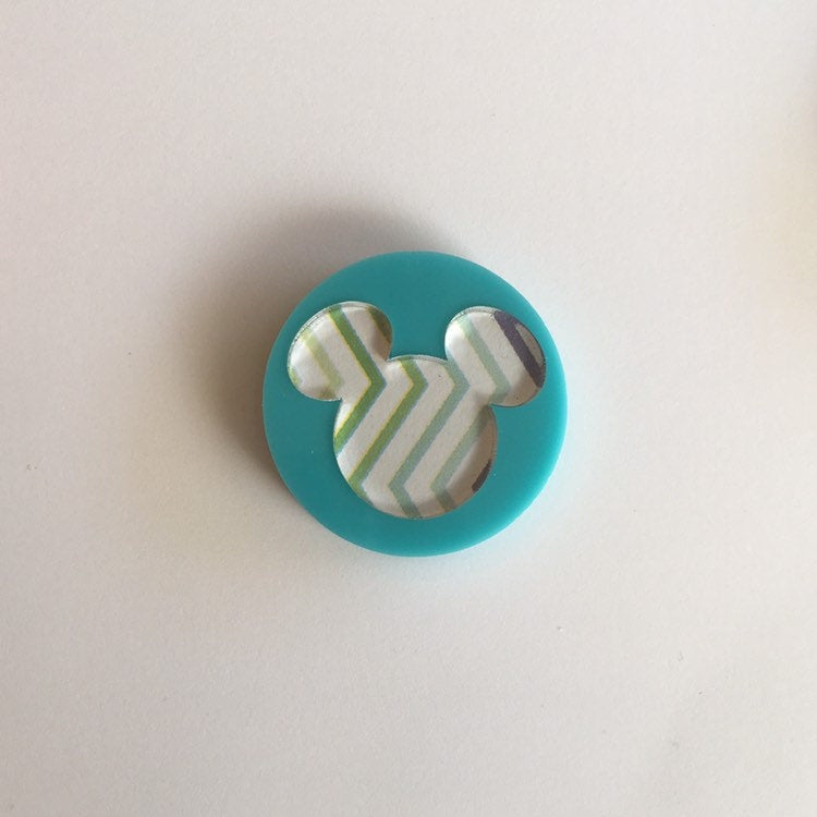 Flare Printed Mouse Lapel Pin in Aqua with Green Zigzag
