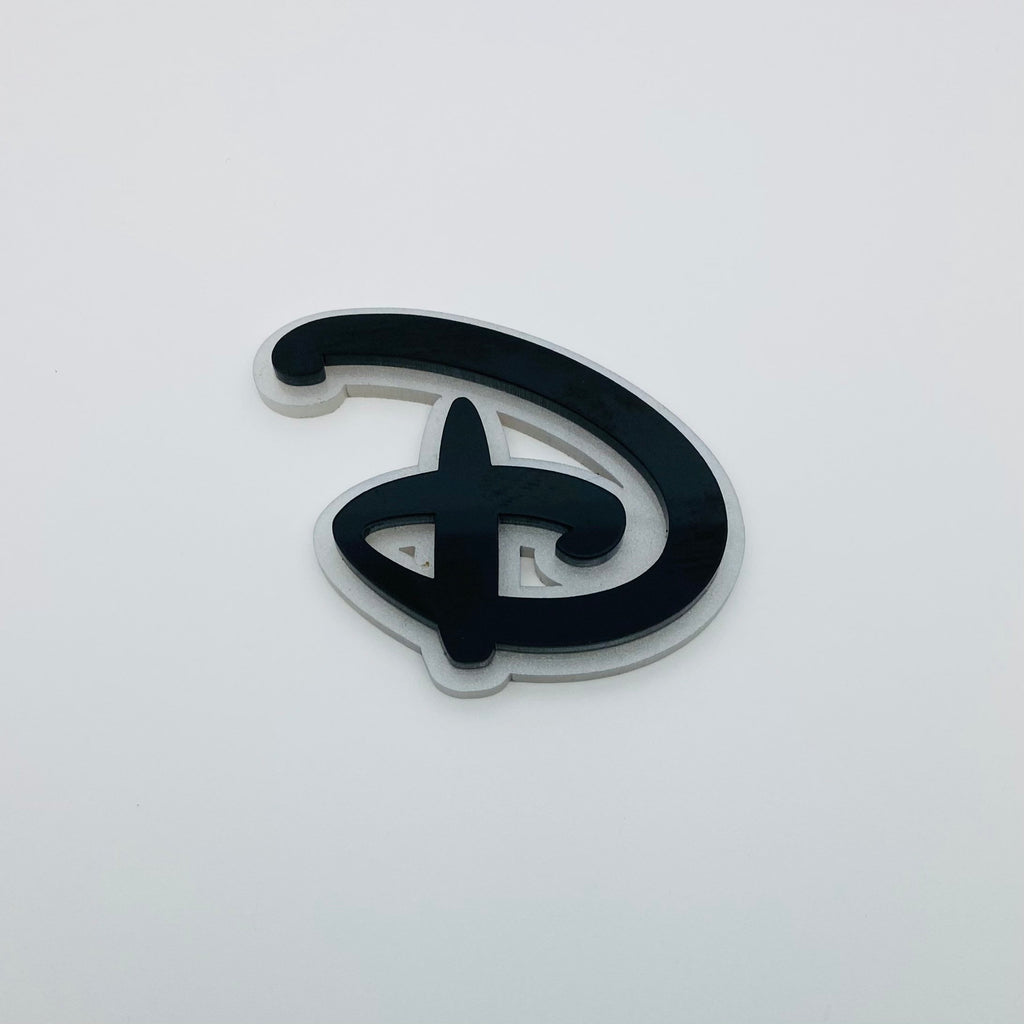 "Flare Layered Signature ""D"" Brooch in Black over White Pearl"