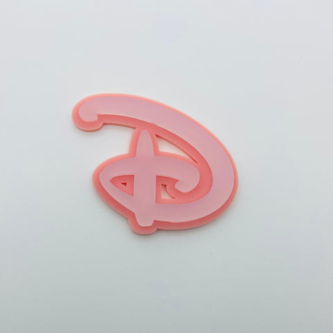 "Flare Layered Signature ""D"" Brooch in White Frost over Pink"