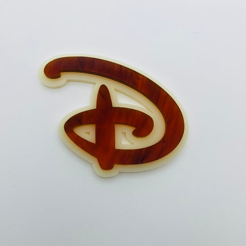 "Flare Layered Signature ""D"" Brooch in Tortoise over Ivory"