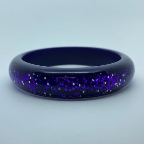 Confetti Lucite Medium Sparklite™ Bangle in Eggplant