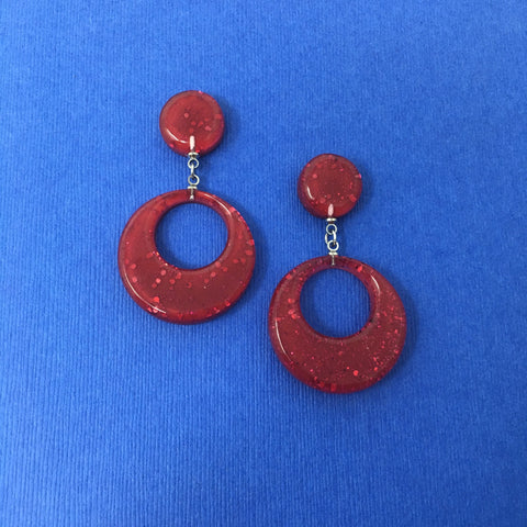 Confetti Lucite Round Dangler Sparklite™ Earrings in Ruby