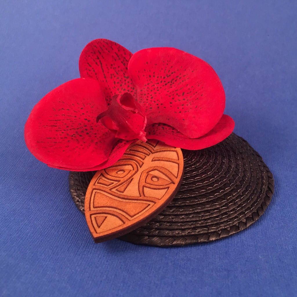 Orchid and Wooden Tiki Mask Litewood™ Cocktail Hat In Red