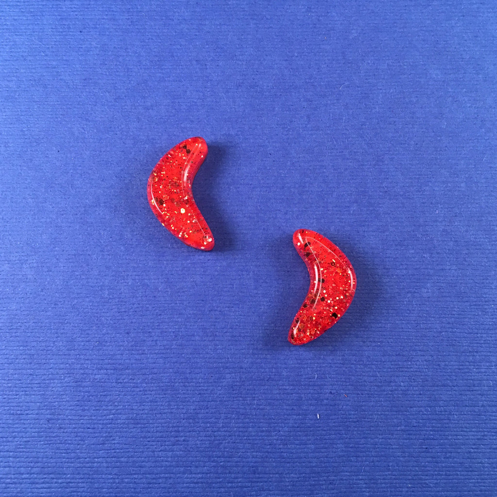 Confetti Lucite Small Boomerang Sparklite™ Earrings in Carrot