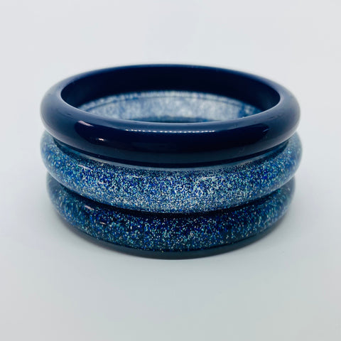 Confetti Lucite Narrow Sparklite™ Bangle in Royal