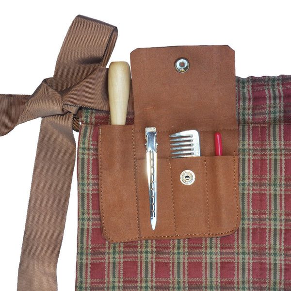 Horse grooming apron with tools