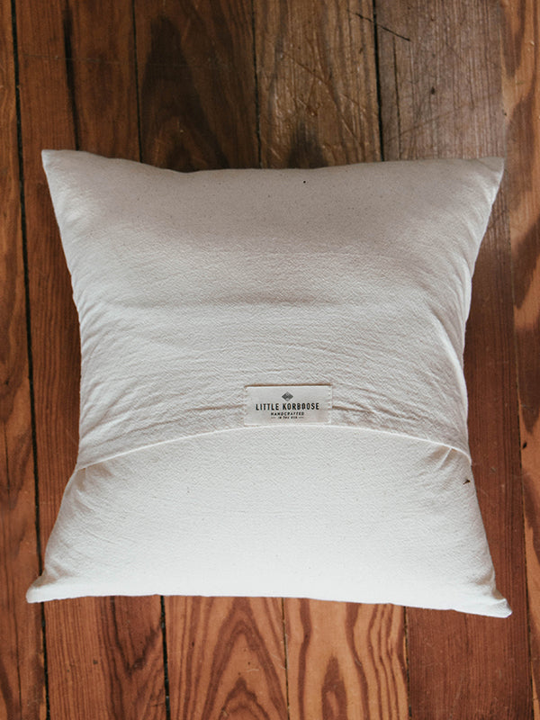 Nevada Organic Cotton Pillow (18in)