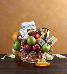 deluxe-fruit-gourmet-basket_gofruitMedium