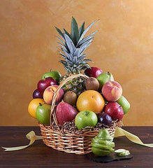 grand-deluxe-all-fruit-basket-same-day_gofruitMedium