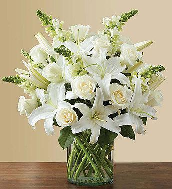 classic-all-white-arrangement-for-sympathy_gofruitLarge