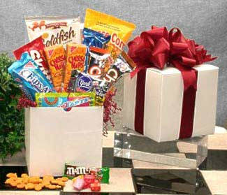 Snack-Care-PackageGift Basket - Gourmet Basket