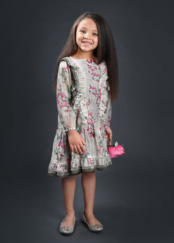 Four Seasons Green Dress Dress Isobella and Chloe - Oma's Classic Children's Clothing