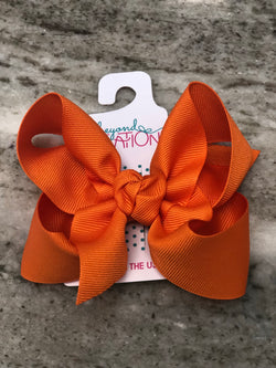 "4.5"" Grosgrain Bow on Alligator Clip Hair Accessories Beyond Creations - Oma's Classic Children's Clothing"