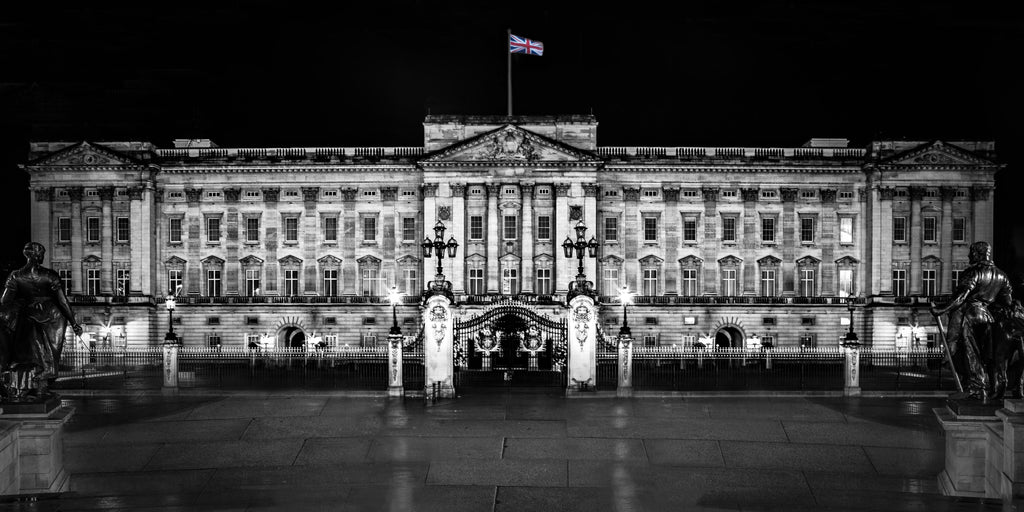 Buckingham Palace Downtown London England Canvas Print Metal Art Cityscape Landmark Bedroom Livingroom wall art decor home poster
