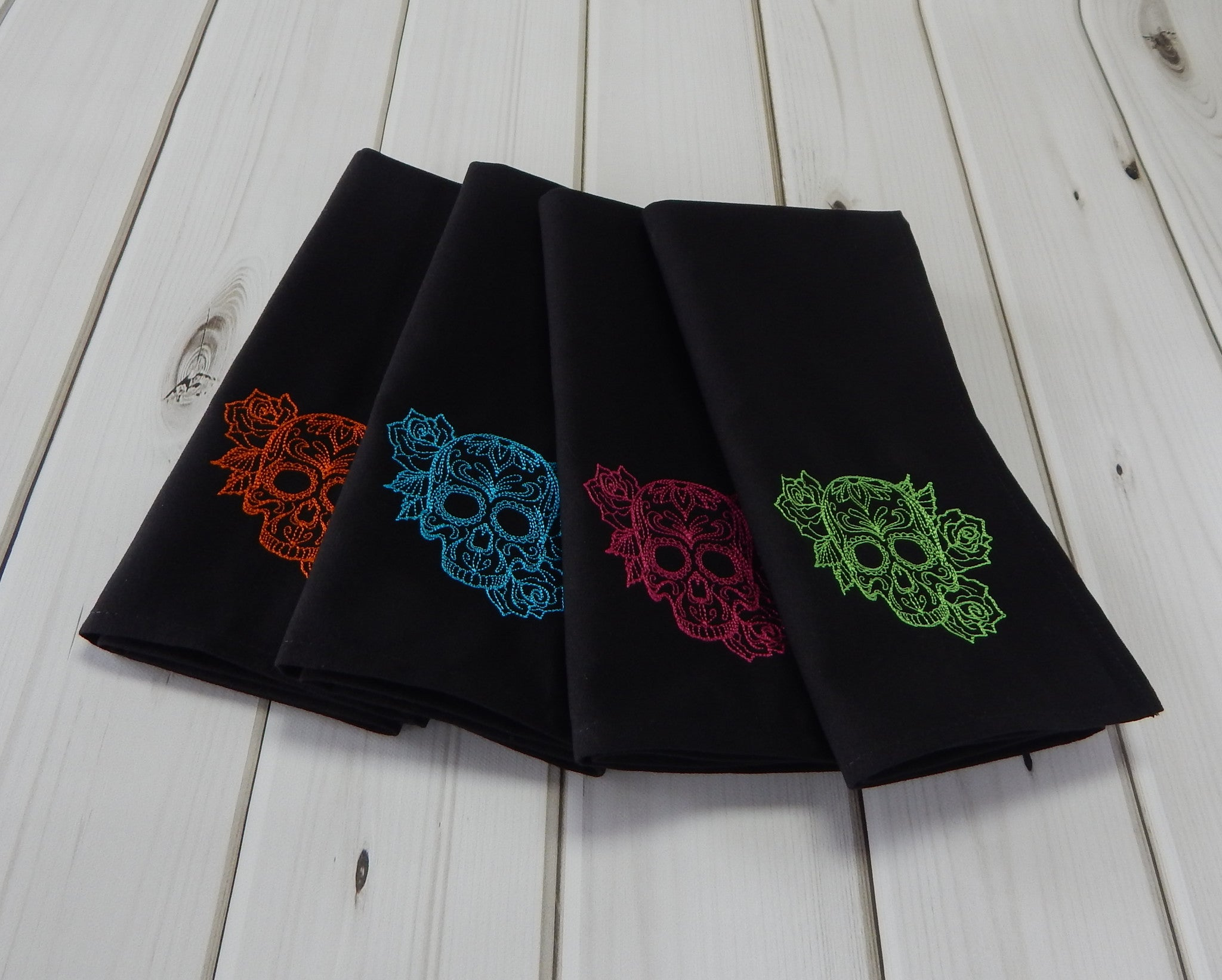 SUGAR SKULLS BLACK - French Press Linens