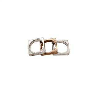 Be Square Ring