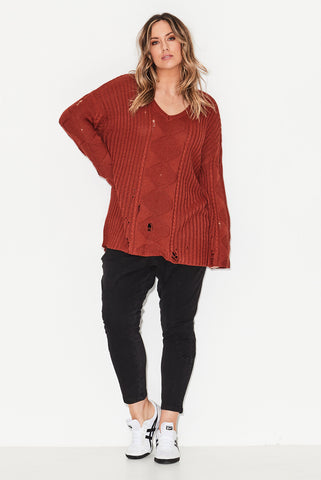 Distressed Cable Knit-Brick Marle