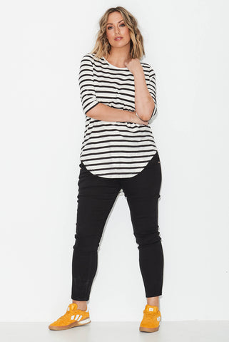 Basic longline tee- Black/ White Stripe
