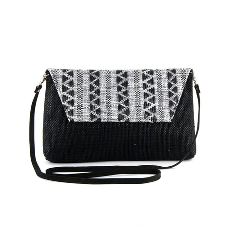 RECYCLED CLUTCH WITH STRAP