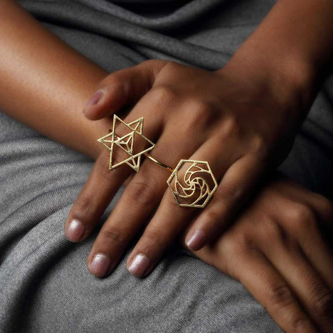 Sacred Geometry 3 Finger Ring ll
