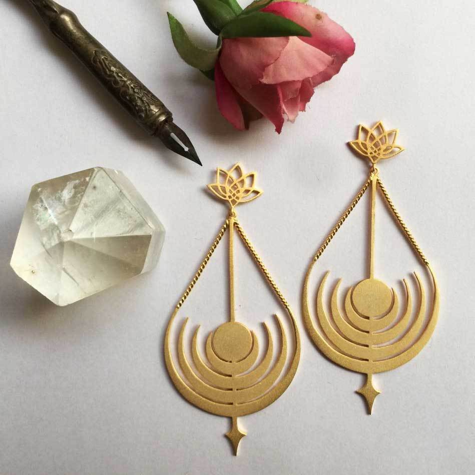 Channelling Artemis Earrings - Eina Ahluwalia