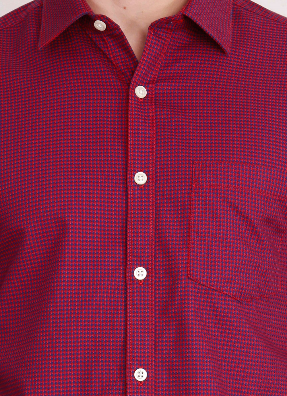 IMYOUNG Red Solid Slim Fit Casual Shirt