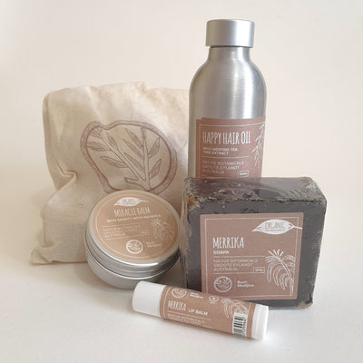This Bush Medijina gift pack contains a beautiful body balm, a lip balm and a soap or clay, this small collection of products, beautifully presented in a reusable bag, makes a lovely gift for the ethical consumer.