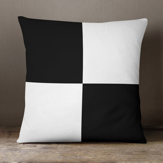 Copy of Black&White Squares Classic C908 - 40 cm Cushion