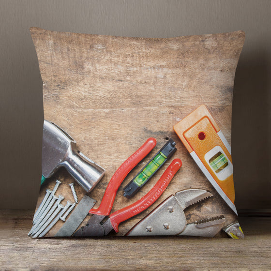 Dad's Workbench - 40 x 40 cm Cushion (L0742)
