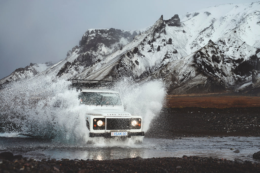 EMIL SOLLIE LAND ROVER DEFENDER