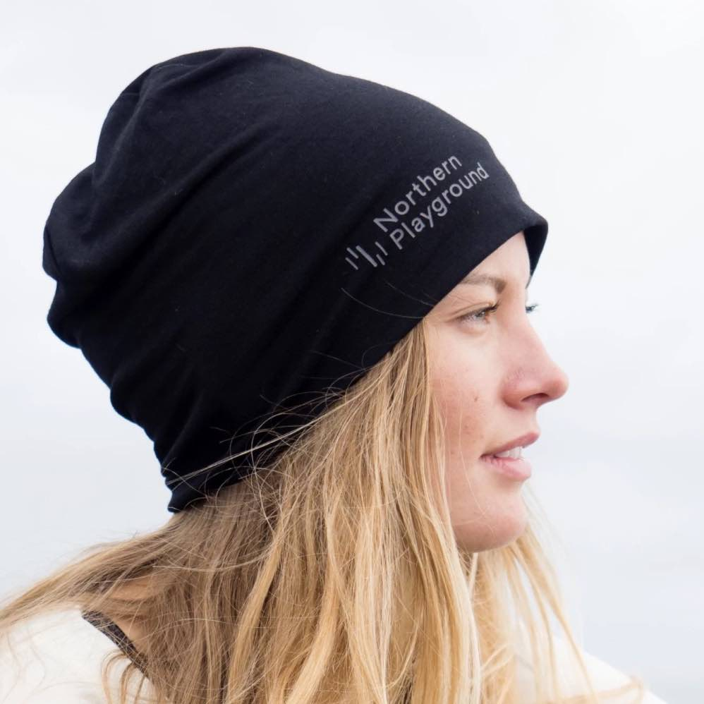 NORTHERN PLAYGROUND BEANIE MERINOLUE SVART UNISEX (2 STR)