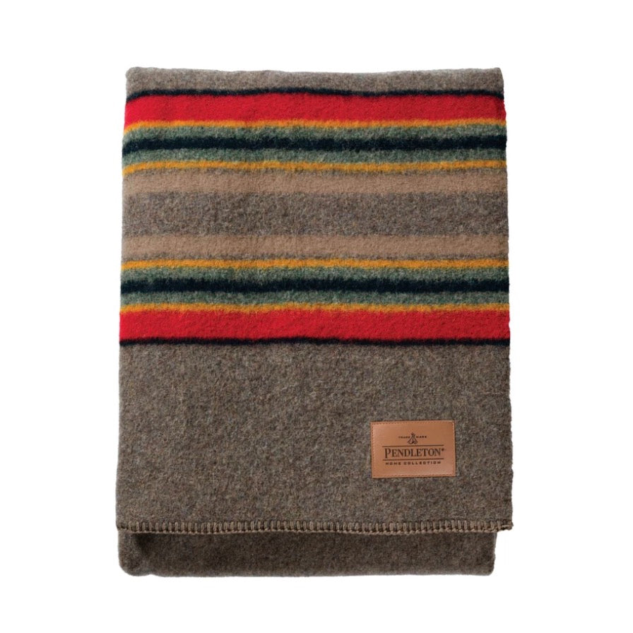 PENDLETON YAKIMA TWIN BLANKET W/CARRIER - MINERAL UMBER