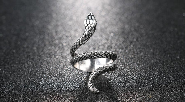 Antique Silver Vintage Snake Ring