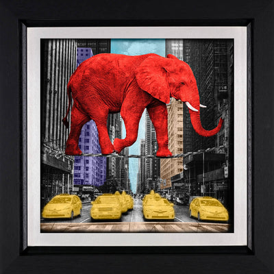 Crossing 5th Avenue limited edition framed print by Lars Tunebo