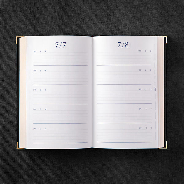 Midori MD 5 Years Ultimate Diary - Gold Coated - Black