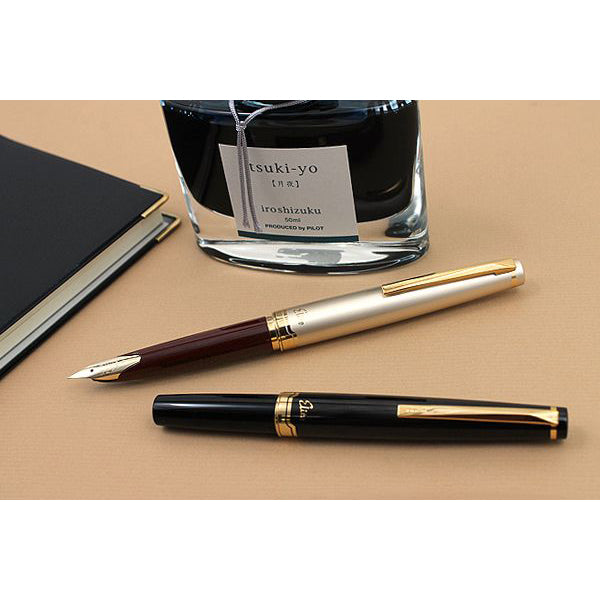 Pilot Elite E95S Fountain Pen - Deep Red - Fine
