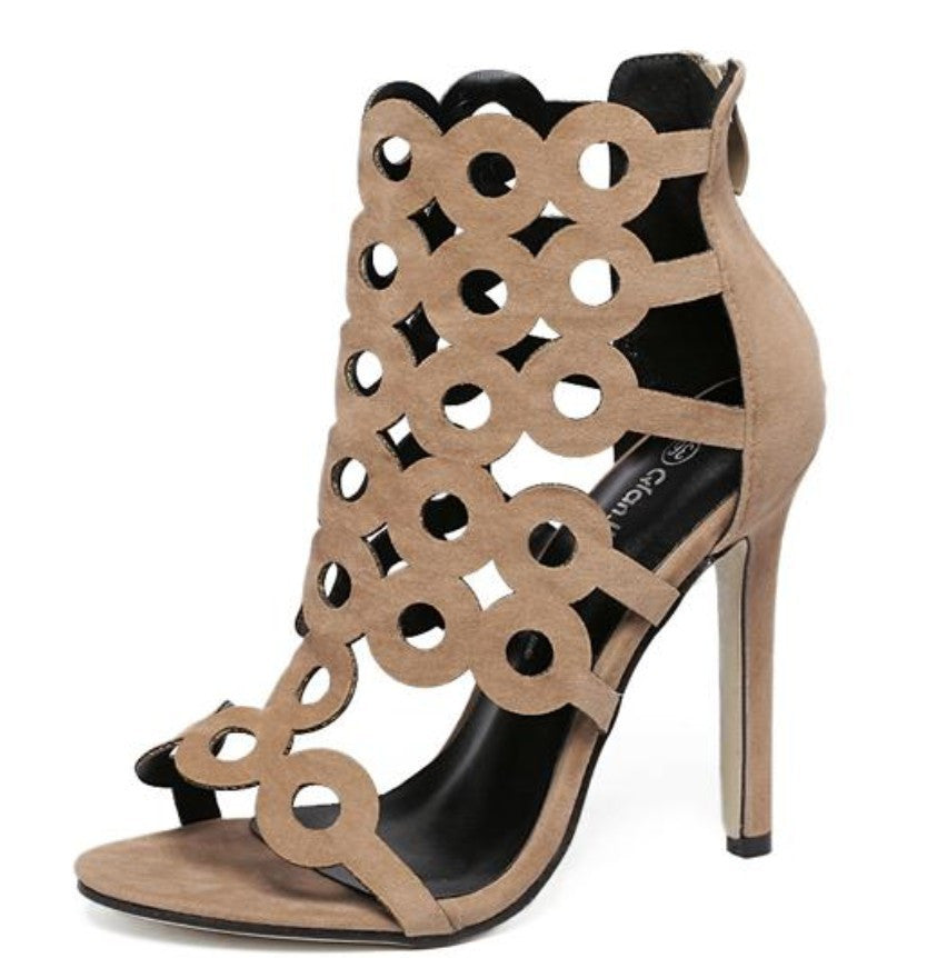Damier Cutout Geometric Pumps | Shop Elettra |