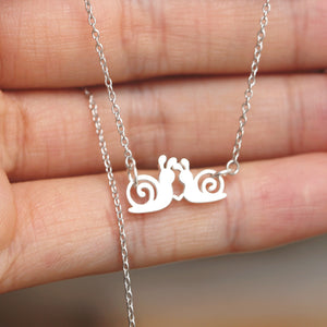 Load image into Gallery viewer, 925 Sterling silver snail Necklace,kiss snail jewelry,Heart Necklace,His and Her necklace,gift idea jewelry