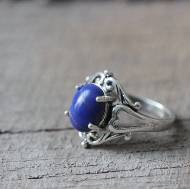 natural Lapis lazuli ring in silver Vampire jewelry Elegant wedding gift nature leaf Victorian gift