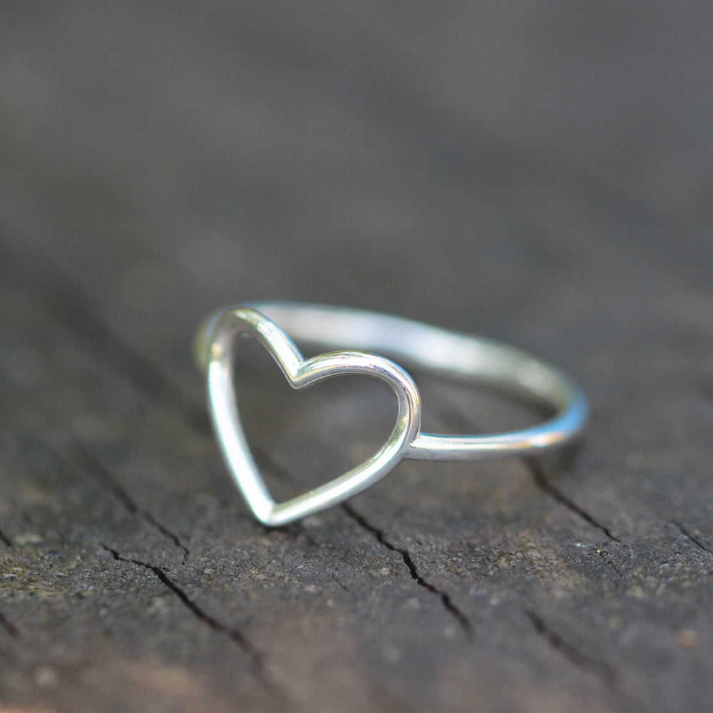 Load image into Gallery viewer, love ring,heart ring,925 Sterling silver heart jewelry,Minimalist Heart Ring,Heart Ring Silver,dainty silver ring,simple ring,gift for her