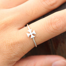 sterling silver iron cross ring,silver ring,simple ring,silver cross ring,dainty cross ring,tiny cross ring,