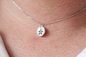 Load image into Gallery viewer, 925 sterling silver five pointed star necklace Dainty Silver Necklace, Sterling Silver Star Necklace